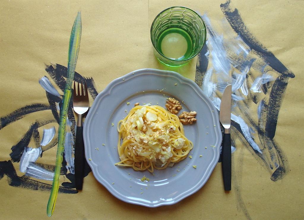 Spaghettini con i porri al profumo di limone