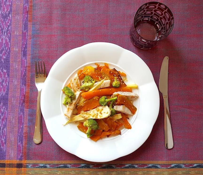 Pastinaca e zucca arrosto con pollo grigliato